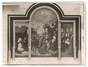 De geboorte van Christus (links); De aanbidding van de Wijzen (midden); De presentatie in de tempel (rechts)