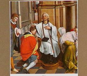 Een priester geeft gelovigen de absolutie in een kerkinterieur