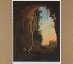 Zuidelijk landschap met landlieden in een Romeinse ruïne bij zonsopgang