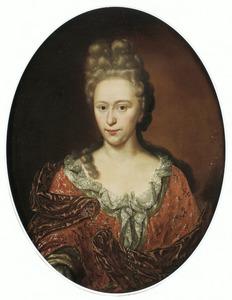 Portret van een vrouw met hoog opgemaakt haar en een met kant afgezet décoleté