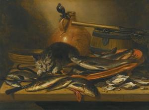 Stilleven met kat en schaal met zoetwatervis, een ton met visnet