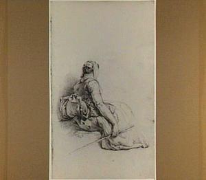 Zittende vrouw met stok; gezien van opzij