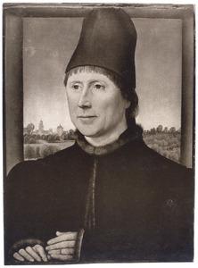 Portret van een man met een rode muts