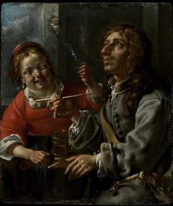 Pijprokende jonge man met jonge vrouw die een fluitglas heft