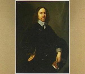 Portret van een man met een handschoen in de linkerhand