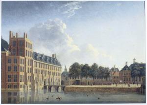 Gezicht op het Stadhouderlijk kwartier en de Mauritstoren vanaf het Buitenhof in Den Haag,