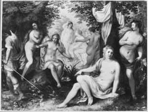 Actaeon verandert in een hert, wanneer hij Diana en haar nimfen per ongeluk in het bos bespiedt