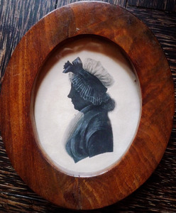Portret van een vrouw, gehuwd met een man uit de familie Mobachius Quaet