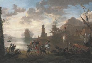 Kustlandschap met zeelieden die hun verankerd schip verlaten en elegante converserende figuren