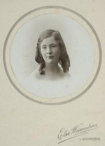 Portret van Anna Maria Bentinck (1906-1981)