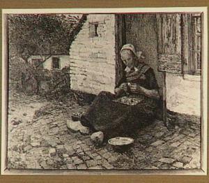 Aardappelschillende vrouw op een erf