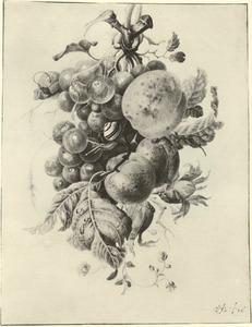 Festoen van bijeengebonden vruchten hangend aan een nagel