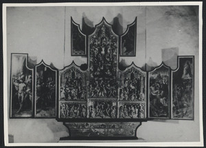 De geseling van Christus, Pilatus wast zijn handen (binnenzijde linkerluik), De bespotting van Christus (binnenzijde linker bovenluik); De kruisdraging, de kruisiging, de kruisafneming, de besnijdenis, de Boom van Jesse, de presentatie in de tempel (middendeel); De graflegging, de opstanding (binnenzijde rechterluik); Christus' verschijning aan Maria (binnenzijde rechter bovenluik)