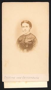 Portret van Justine Henriette Marie van Cattenburch (1845-1892)