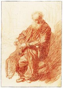 Zittende oude man met zijn handen gevouwen op zijn schoot