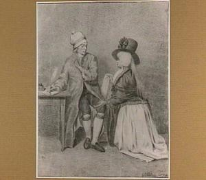 Zittende man aan een schrijftafel en knielende vrouw