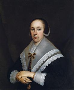 Portret van een vrouw met een grote schouderkraag en een boogjesmuts