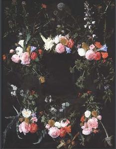 Cartouche versierd met bloemguirlandes