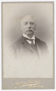 Portret van dhr. Jacob van Waning (1859-1937)