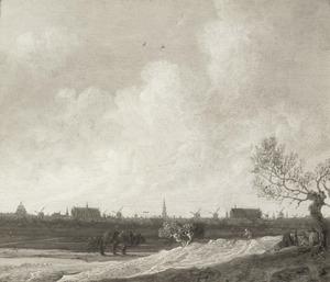 Uitgestrekt landschap met rustende mannen bij een boom, Leiden in de achtergrond