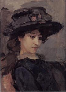 Jonge vrouw met zwarte hoed