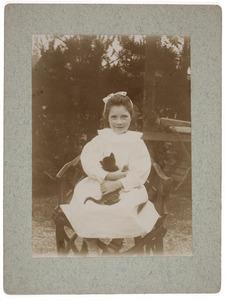 Portret van Aileen Ethel Isabel Irwin Brown (1892-1980)