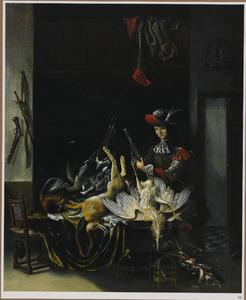 Interieur met een jager bij een tafel met jachtbuit