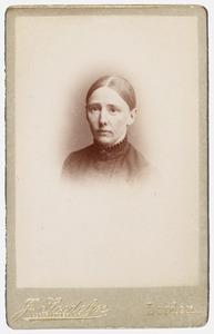 Portret van Aaltje van Iterson (1847-1926)