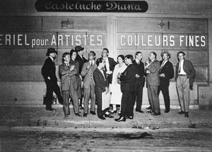 Na de opening van een tentoonstelling van Andre Kertesz bij Galerie Le Sacre du printemps, Parijs