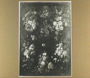 Bloemenkrans rond een medaillon met de Annunciatie