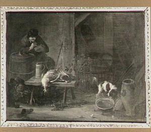Rokende man in schuur bij een tafeltje met gevogelte