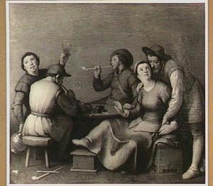 Vier mannen en een vrouw in een herberg