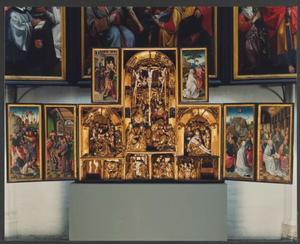 De Judaskus, Christus voor Pilatus (binnenzijde linkerluik); Ecce Homo (binnenzijde linker bovenluik); De kruisdraging, de kruisiging, de bewening (middendeel); Noli me tangere (binnenzijde rechter bovenluik); Hemelvaart, Pinksteren (binnenzijde rechterluik)