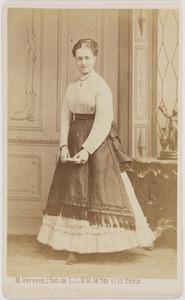 Portret van een vrouw, waarschijnlijk uit familie Van Zuylen van Nijevelt