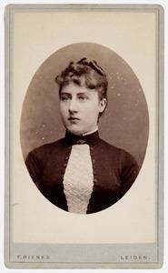 Portret van Mw. Elisabeth Johanna Plemp (1865-1955)