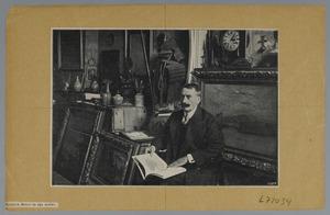 Etienne Bosch in zijn atelier