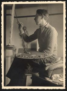 Dick Ket in zijn atelier