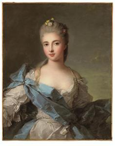 Portret van een vrouw, voorheen geidentificeerd als de hertogin van Rochefouchauld, in een blauw-witte satijnen jurk
