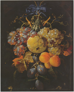 Vruchtenfestoen, hangend aan een blauwe strik, in een nis
