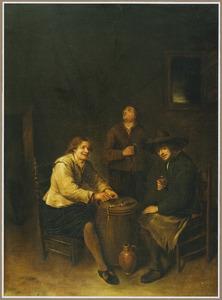 Drie rokende en drinkende mannen in een interieur