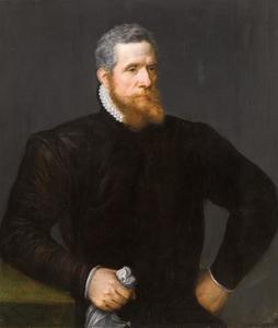 Portret van een bebaarde man