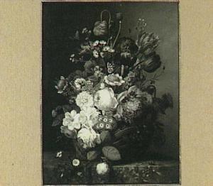 Bloemstilleven met rozen, irissen en tulpen