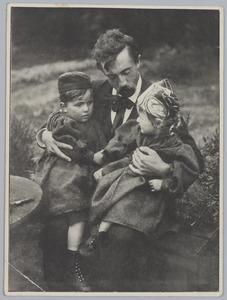 Eduard Karsen met de kinderen Witsen