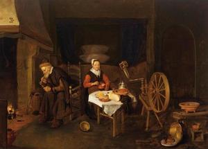 Ouder paar rokend en etend in een interieur