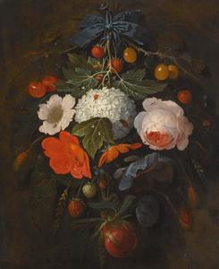 Festoen van bloemen en fruit, met diverse insecten