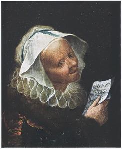 Een zingende oude vrouw in zeventiende-eeuws kostuum