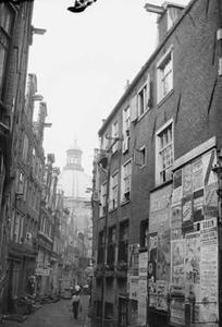 Gezicht op de Engelsesteeg te Amsterdam