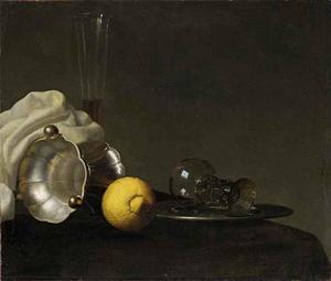 Stilleven met een zoutvat en citroen