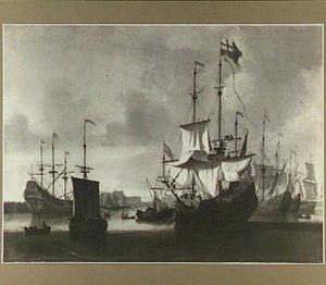 Engelse oorlogsschepen in een haven