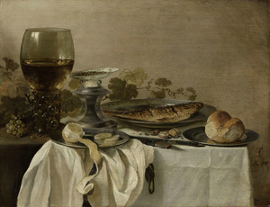 Stilleven met roemer en zoutvat, vis en brood